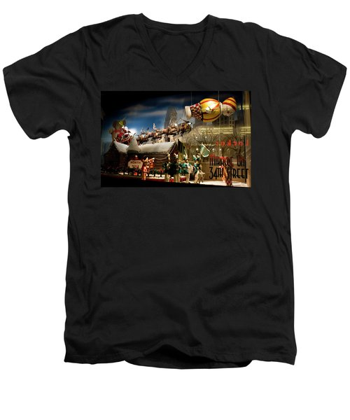 Macy's Miracle On 34th Street Christmas Window Men's V-Neck T-Shirt