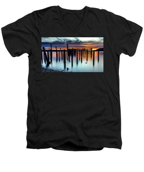 Magical Sunset Titlow Beach Tacoma Wa Men's V-Neck T-Shirt