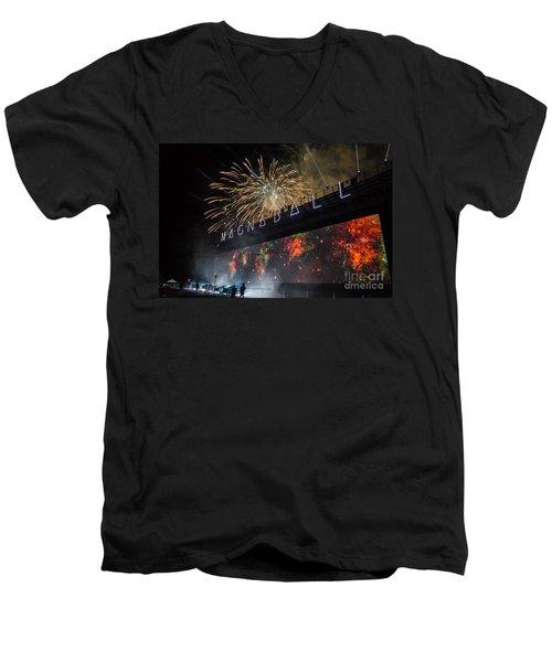 Magnaball Finale Men's V-Neck T-Shirt