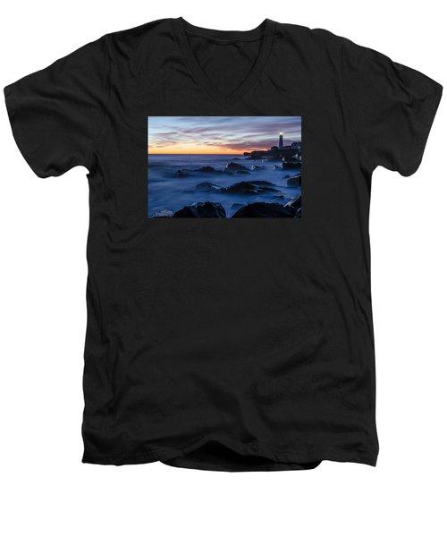 Maine Men's V-Neck T-Shirt