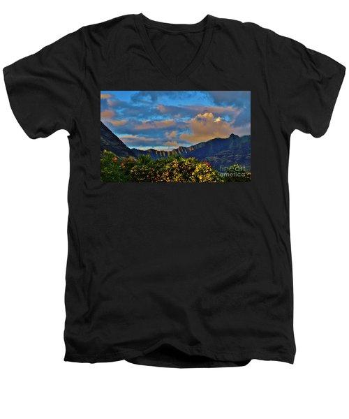 Makaha Sunset Men's V-Neck T-Shirt