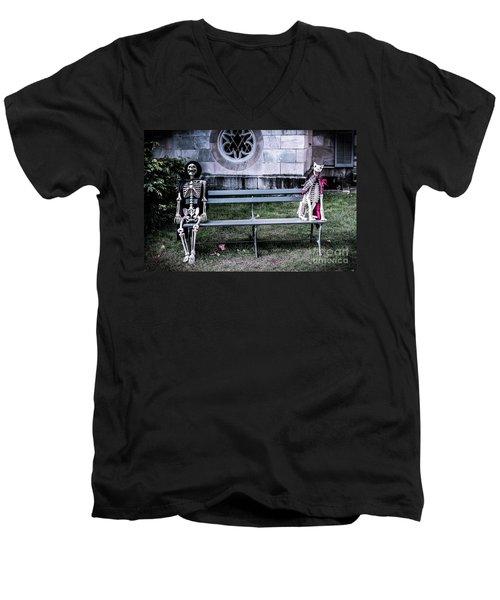 Man's Best Friend Till The End Men's V-Neck T-Shirt