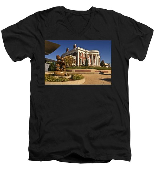 Mansion Hunter Museum Men's V-Neck T-Shirt