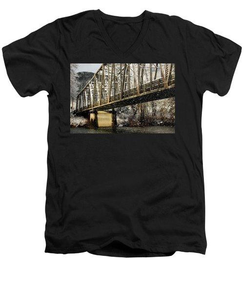 Marblemount Wa Bridge Men's V-Neck T-Shirt