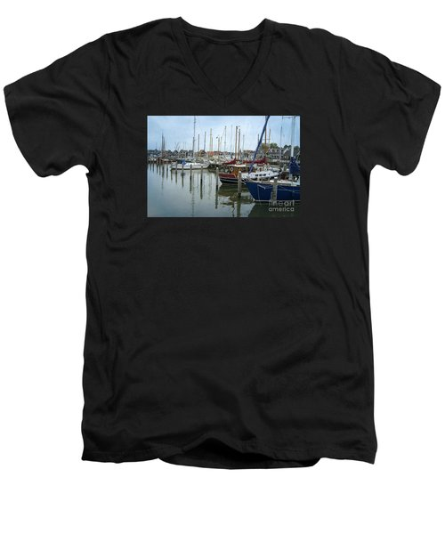 Marken Harbour Men's V-Neck T-Shirt