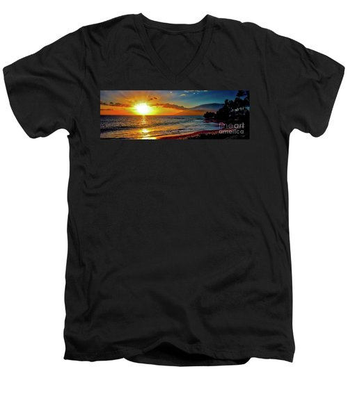 Maui Wedding Beach Sunset  Men's V-Neck T-Shirt