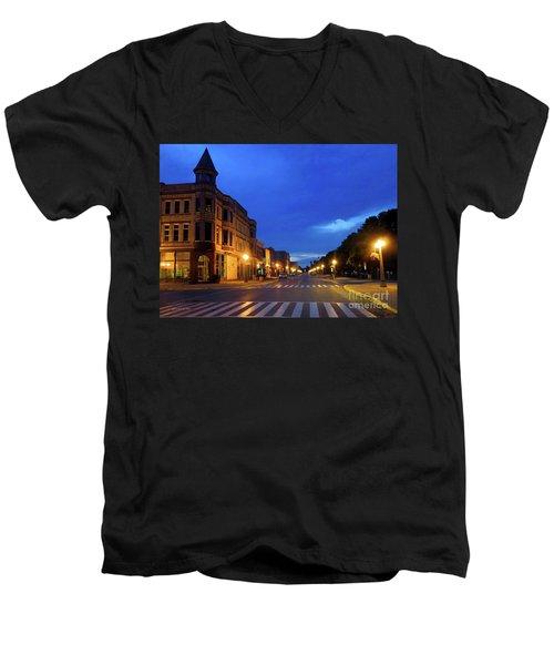 Menominee Michigan Night Lights Men's V-Neck T-Shirt