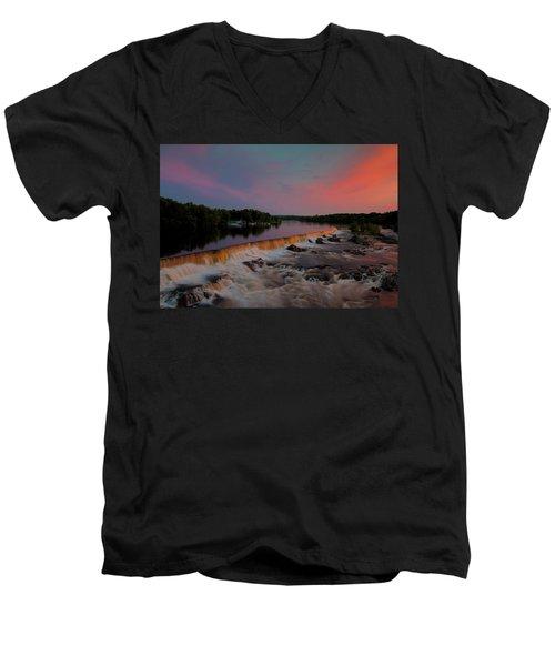 Merrimack River Falls Men's V-Neck T-Shirt