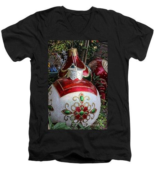Merry Joyful Christmas Men's V-Neck T-Shirt