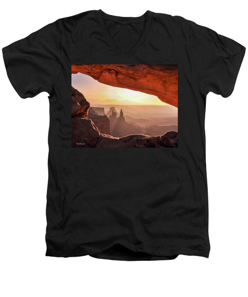 Mesa Arch At Sunrise, Washer Woman Formation , Canyonlands National Park, Utah Men's V-Neck T-Shirt