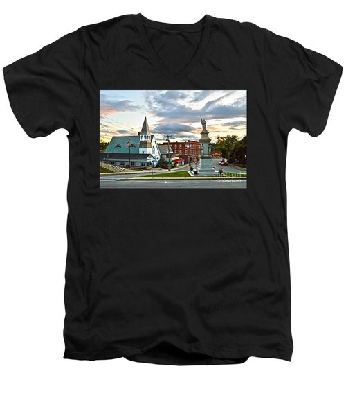 Middlebury Vermont At Sunset Men's V-Neck T-Shirt