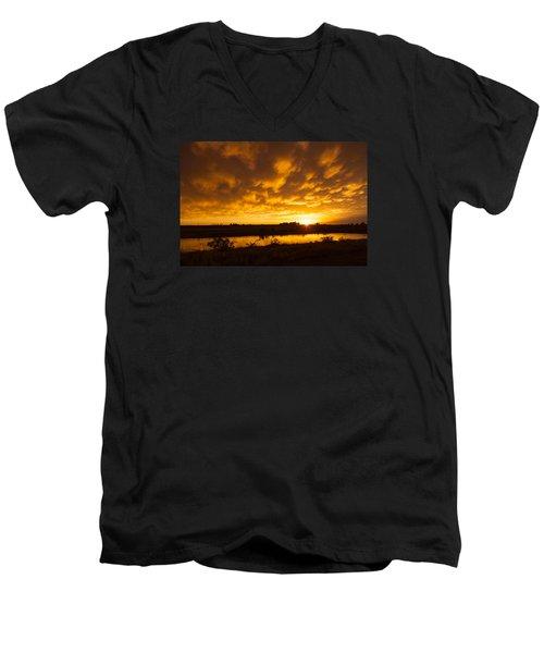 Midland Sunset Men's V-Neck T-Shirt