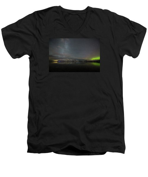 Milky Way And Northern Lights Men's V-Neck T-Shirt