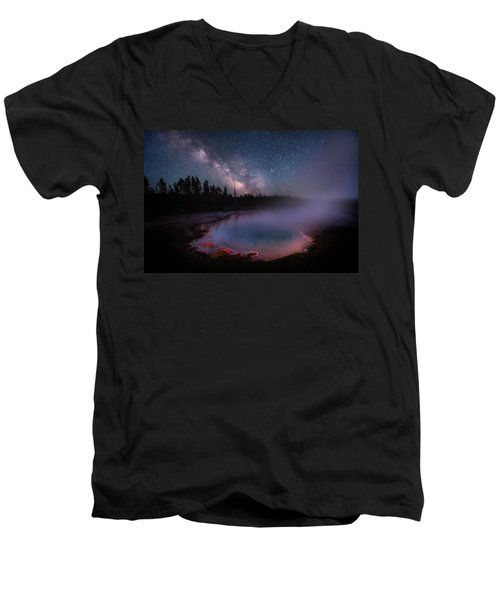 Milky Way In Yellowstone Men's V-Neck T-Shirt