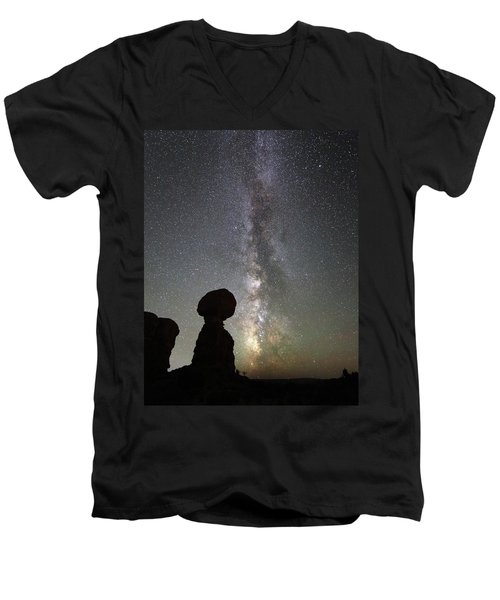 Milky Way Over Balanced Rock Men's V-Neck T-Shirt