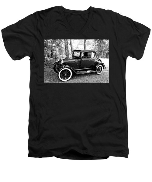 Model A In Black And White Men's V-Neck T-Shirt