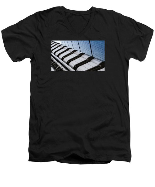 Lloyds Building Bank In London Men's V-Neck T-Shirt