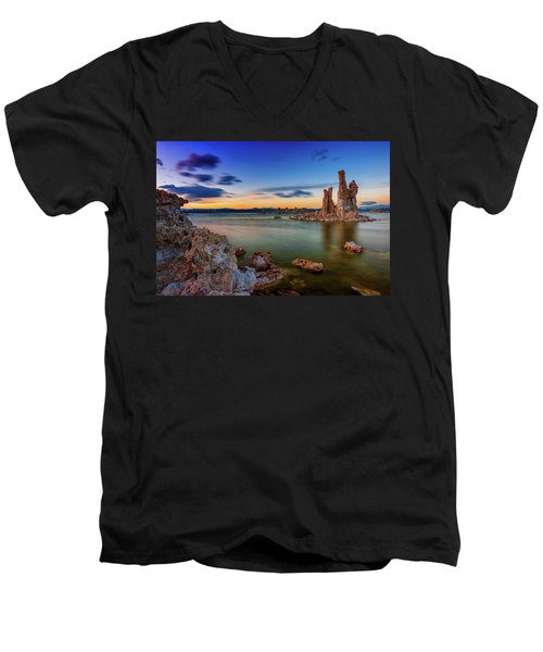 Mono Sunset Men's V-Neck T-Shirt