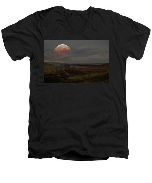 Montana Landscape On Blood Moon Men's V-Neck T-Shirt