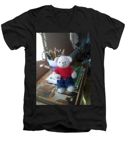 Monty At Writing Desk Men's V-Neck T-Shirt