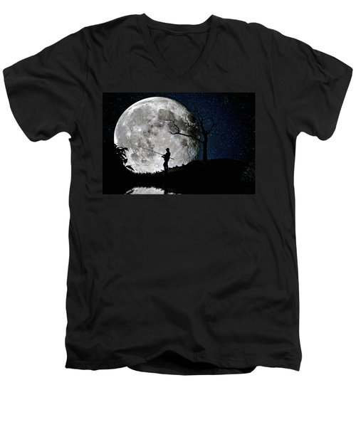 Moonlight Fishing Under The Supermoon At Night Men's V-Neck T-Shirt