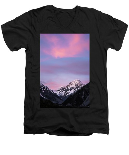 Mount Cook Sunset Men's V-Neck T-Shirt