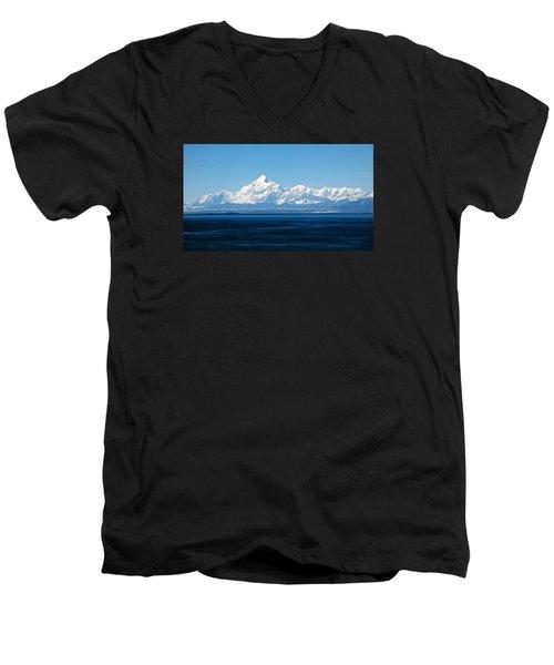 Mount Saint Elias. Yakutat Bay Seascapes Men's V-Neck T-Shirt