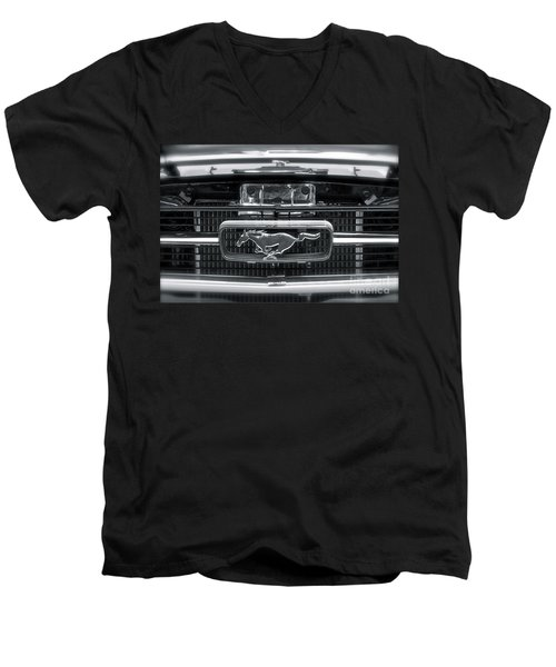 Mustang Men's V-Neck T-Shirt