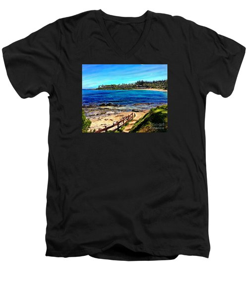 Napili Beach Gazebo Walkway Men's V-Neck T-Shirt