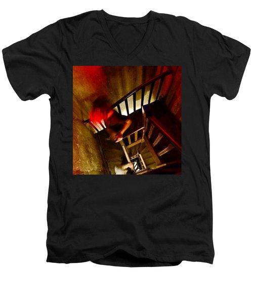 Nas Entranhas Do Velho Mirante - Men's V-Neck T-Shirt