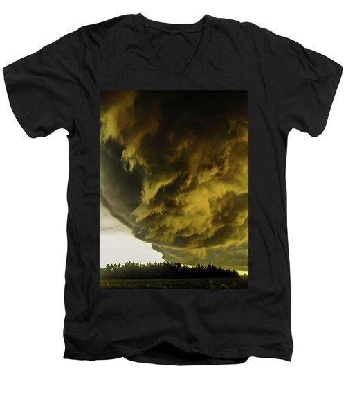 Nebraska Supercell, Arcus, Shelf Cloud, Remastered 018 Men's V-Neck T-Shirt