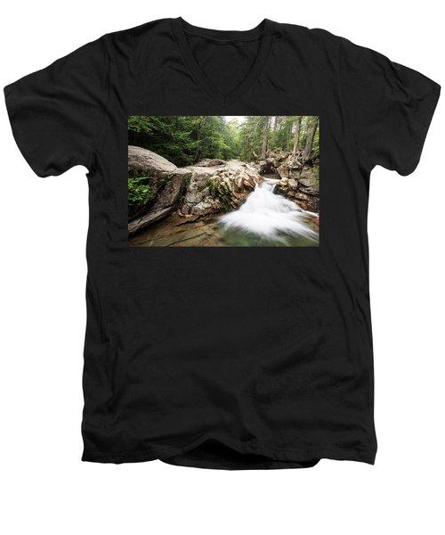 New England Waterfall Men's V-Neck T-Shirt