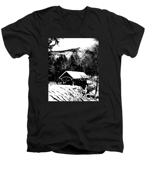 New Hampshire Covered Bridge Men's V-Neck T-Shirt