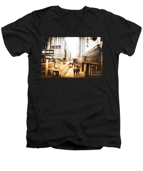 Noho Men's V-Neck T-Shirt