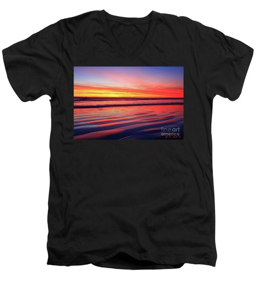 North County Sand Ripples Men's V-Neck T-Shirt
