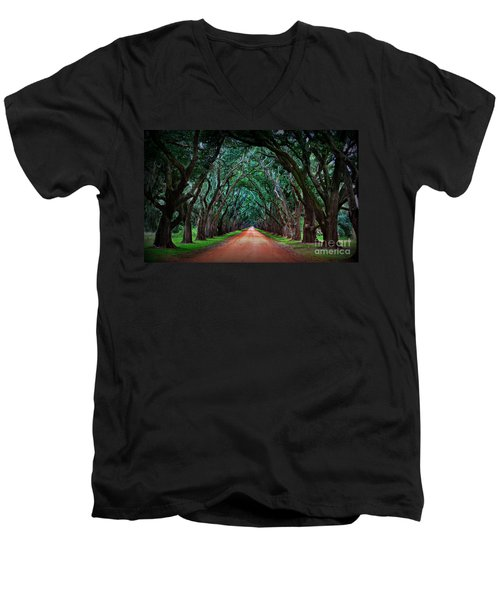 Oak Alley Road Men's V-Neck T-Shirt