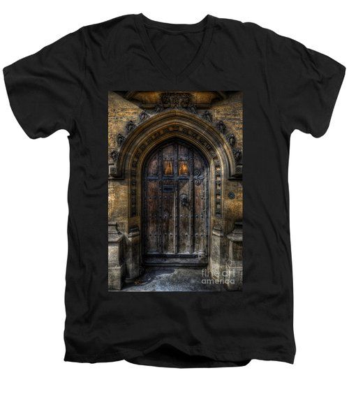 Old College Door - Oxford Men's V-Neck T-Shirt