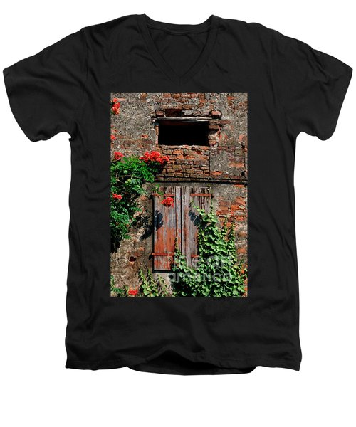 Old Farm Window Men's V-Neck T-Shirt