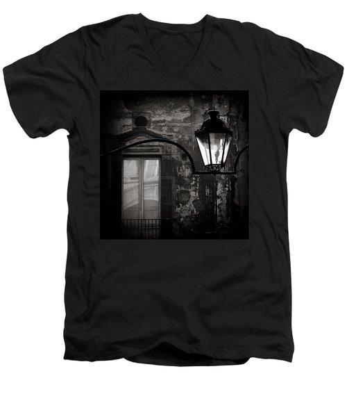 Old Lamp Men's V-Neck T-Shirt