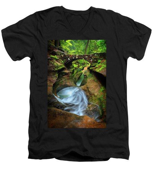 Devil's Bathtub Men's V-Neck T-Shirt