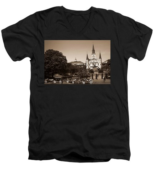 Old New Orleans Photo - Saint Louis Cathedral Men's V-Neck T-Shirt