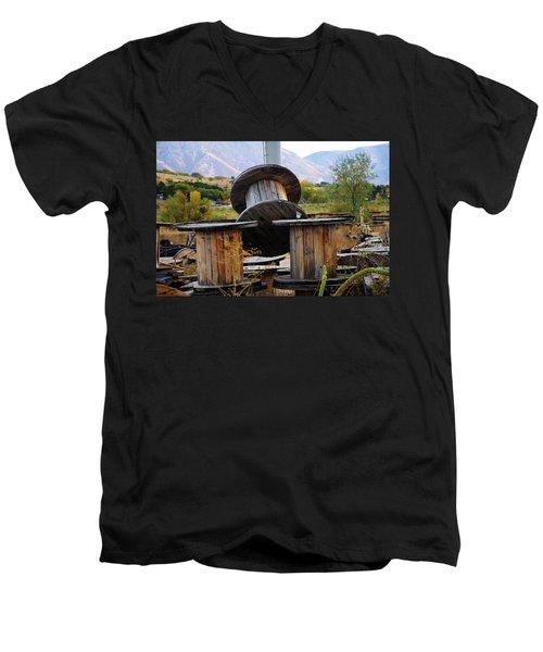 Old Spool Men's V-Neck T-Shirt
