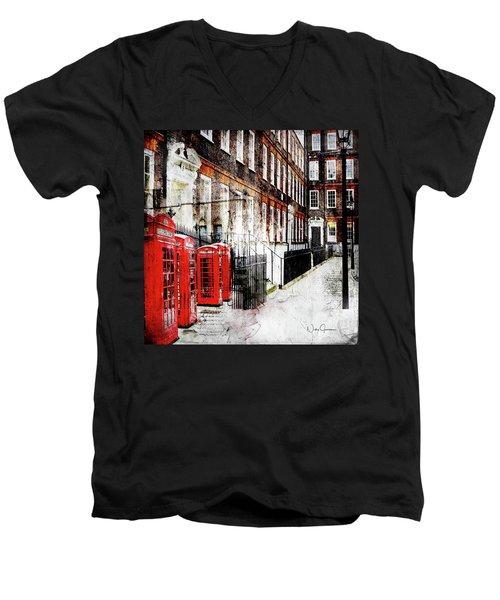 Old Square Men's V-Neck T-Shirt