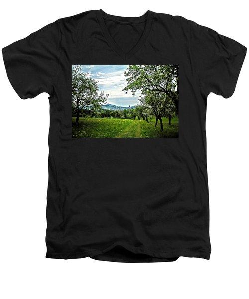 On The Way To Gramastetten ... Men's V-Neck T-Shirt