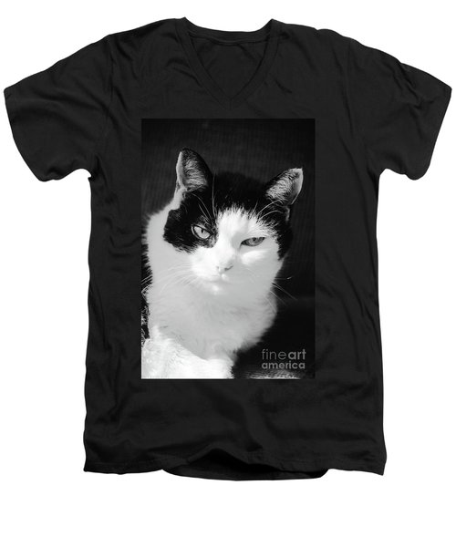 Oracle Men's V-Neck T-Shirt