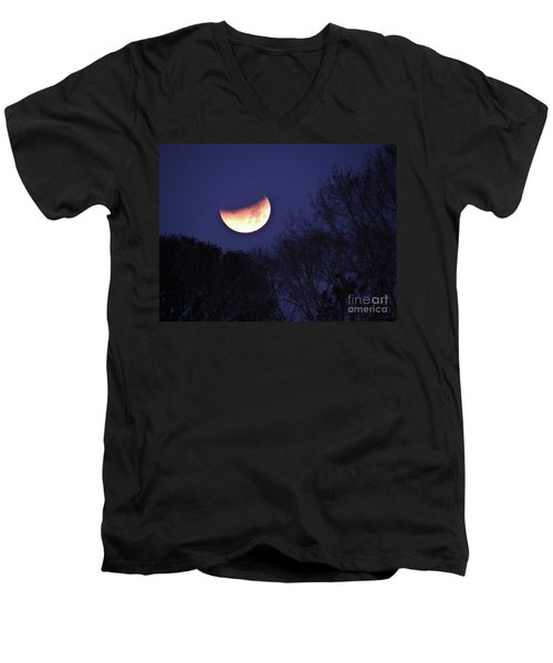 Orange Slice Moon 2018 Men's V-Neck T-Shirt