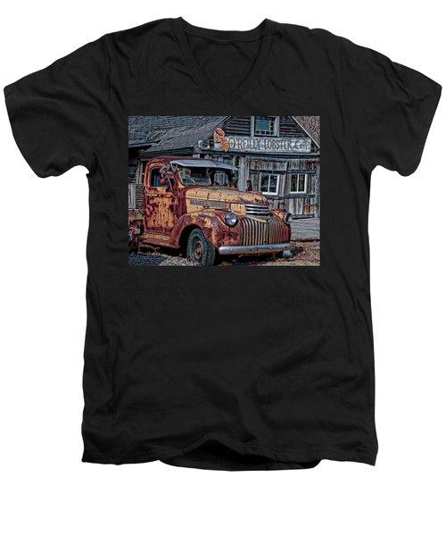 O'reilly Lobster Pound Men's V-Neck T-Shirt