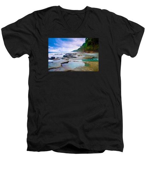 Osa Men's V-Neck T-Shirt
