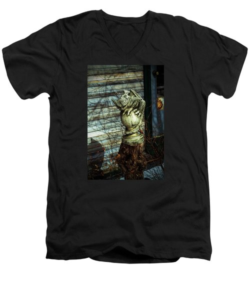Oscar Men's V-Neck T-Shirt