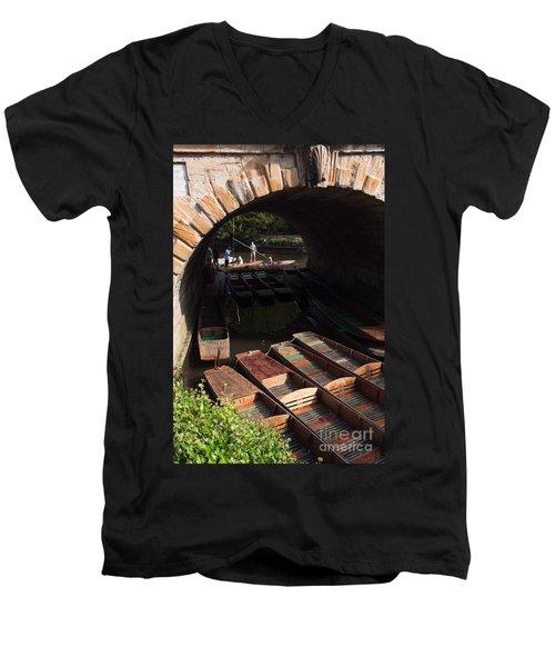 Oxford Punts Men's V-Neck T-Shirt